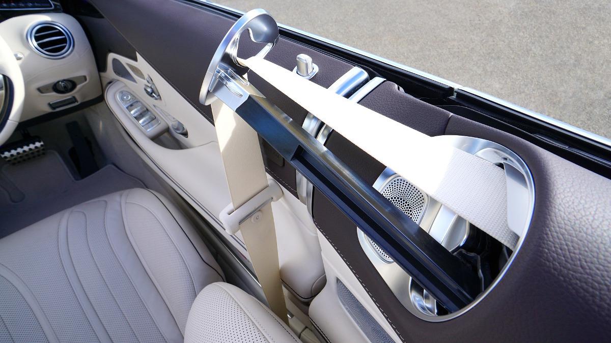 cintura sicurezza contravvenzione